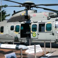 Modelo do AM39 junto ao EC-725 (UH-15/15A)  Foto -Defesanet