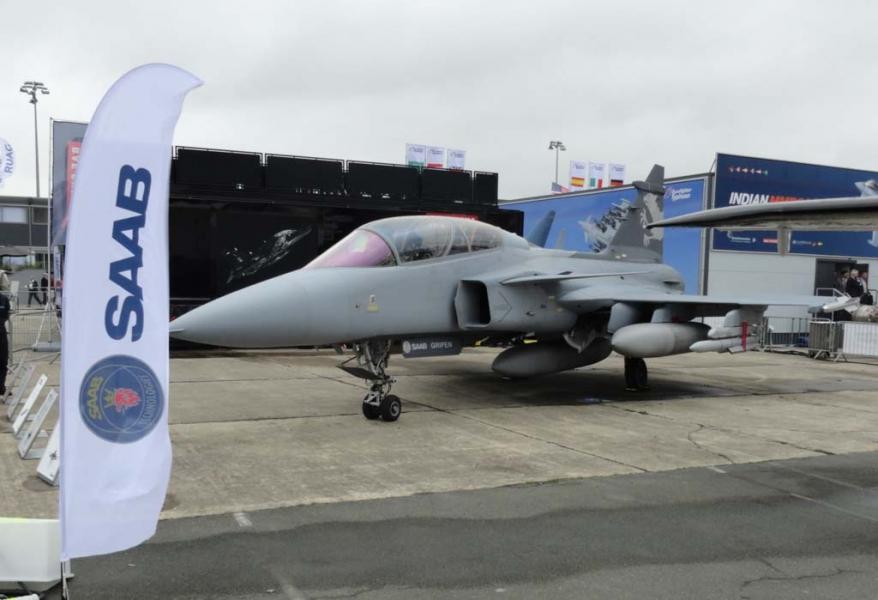 DefesaNet - F-X2 - Rafale, Super Hornet e Gripen travam
