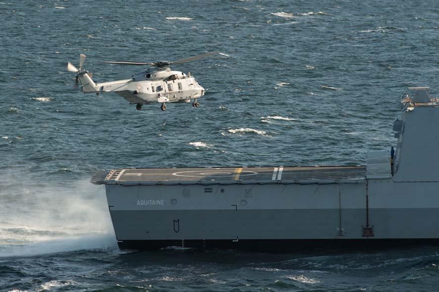 Primeiro pouso de um helicóptero Caiman Marine NH90