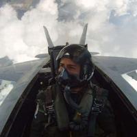 Cobertura inédita e histórica de DefesaNet ao voar com o F/A-18 Super Hornet II, concorrente do Programa F-X2. O piloto Vianney no F/A-18 F AD 234 Super Hornet II.  Imagem da câmera Go-Pro instalada espcialmente para registrar o voo de DefesaNet. Foto - DefesaNet - US NAVY