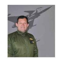 Lt. Col. Johannes Joubert piloto da SAAF Foto - DefesaNet