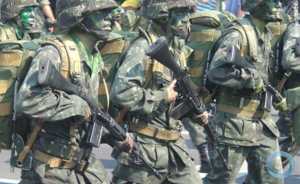 Resultado de imagem para Eleição: TSE aprova envio de tropas federais a 8 estados para garantir segurança
