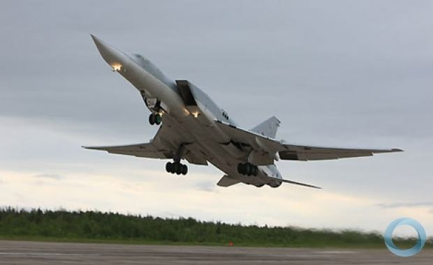 31/01/2013 - Russos desmentem venda de aviões bombardeiros Tu-22 à China