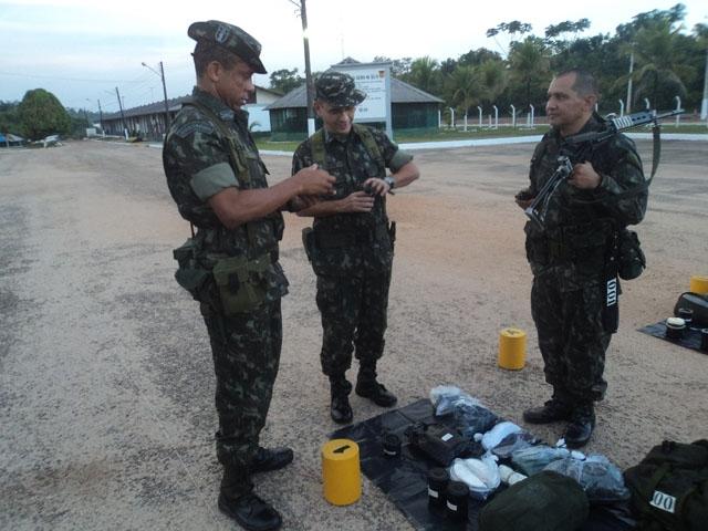 ... Cavalaria de Selva.    Comando Militar da Amazônia 079cf0c4605