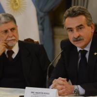 A entrevista coletiva dos ministros Amorim e Rossi. Foto Casa Rosada