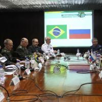 Reunião no Ministério da Defesa com os Ministros Celso Amorim e Sergei Shoigu e suas delegações. Foto - Joel Rodrigues /DefesaNet