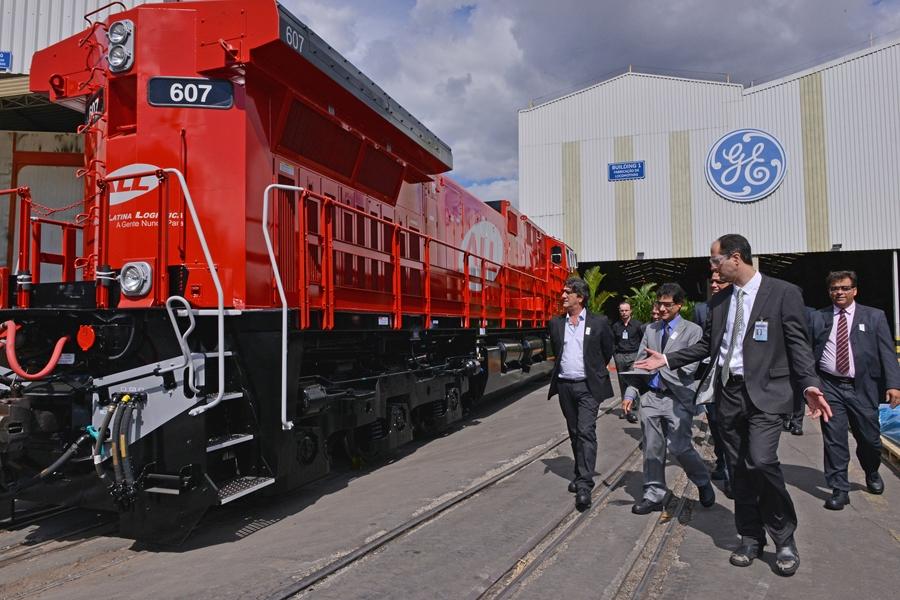 Resultado de imagem para GE Transportation monta diferentes locomotivas em uma mesma linha de produção E 2018