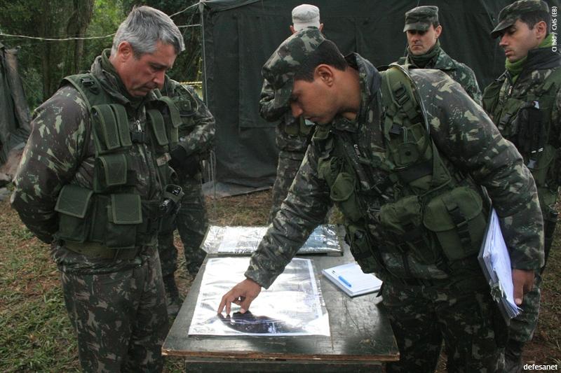 a0336b6424bfd DefesaNet - Doutrina Militar - A Simulação de Combate na Guarnição ...