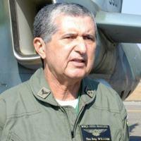 Piloto de helicóptero e de transporte aéreo, Tenente-Brigadeiro William acumulou 7.255 horas de voo na carreira -  Divulgação/FAB