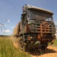 A Shacman traz agora sua linha de veículos originalmente militares, almejando desenvolver e produzir esses equipamentos com esta finalidade.