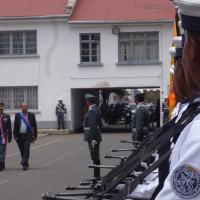 O novo ministro da Defesa da Bolivia Reymi Ferreira passa em revista as tropas na sua posse, 01 ABR 2015.