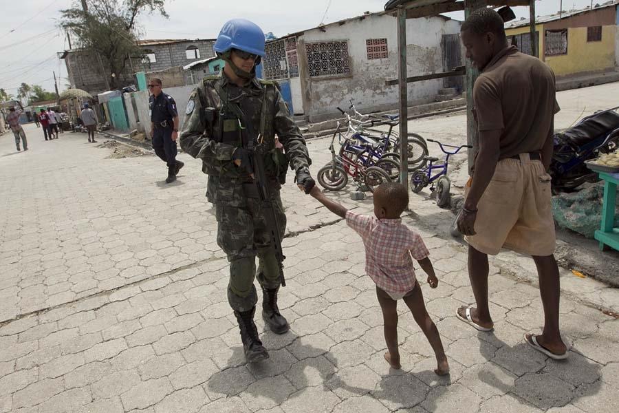 DefesaNet - Panorama Haiti - Forças Armadas Brasileiras no Haiti eb6cc247e84