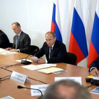 After final event of Maneuver Center-2015 President Putin headed a Meeting of Military Industrial Comission