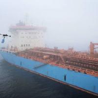 A Maersk fez um teste próximo à ilha dinamarquesa de Zealand para demonstrar como drones podem ser usados para fazer entregas a navios no mar. Foto: A.P. Moller-Maersk A/S