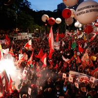 Manifestação na Avenida Paulista, São Paulo.  Foto - - Folha