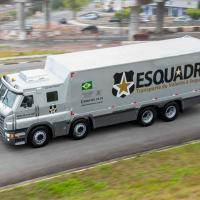 Caminhões blindados Scania para empresas de segurança. É a terceira venda desde 2015. Com matriz em Belo Horizonte, a Esquadra adquiriu três unidades do semipesado. Foto Scania