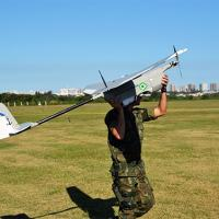 Momento do lançamento da aeronave - Foto: MB