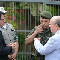 Com apoio da BM, Polícia do Exército mobilizou 56 homens no bairro Santa Tereza. Foto: Rodrigo Ziebell/SSP