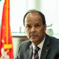 Cassio de Miranda, procurador-geral: casos de corrupção espalhados no país. Foto - André Coelho / O Globo