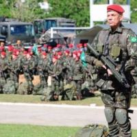 Tropas treinadas contra terrorismo desembarcam no Rio para os Jogos Olímpicos em 2016 - Todos receberam mais de 100 horas de treinamento para enfrentar situações de ameaça terrorista - Foto: EB
