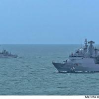 Navios em operação - Foto: MB