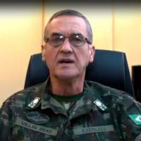 Notável postura do Comandante do Exército Brasileiro, ao tratar de diversos temas sensíveis e certamente o maior de todos: sua saúde.