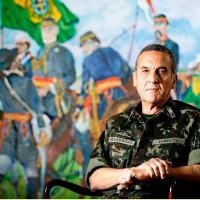 O Comandante do Exército revela que a instituição foi sondada e rechaçou a hipótese de apoiar a decretação de Estado de Defesa nos dias tensos que antecederam o impeachment de Dilma