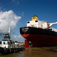 O petroleiro João Cândido, construído pelo Estaleiro Atlântico Sul (EAS), joint-venture Andrade Gutierrez e ENGEVIX teve de ser reconstruído devido a falhas de fabricação.