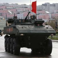 Bumerang: A nova família de bilindados sobre rodas do exército Russo