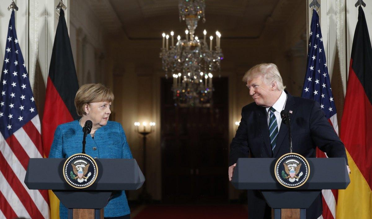 Trump responde às críticas de Merkel: