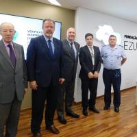 EZUTE - Visita do Ministro Defesa Raul Jungmann