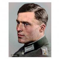 Foto do Coronel Wehrmatch Claus Schenk Graf von Stauffenberg, conspirador do atentado a Hitler,  em 20 julho 1944.