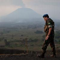 O general brasileiro Carlos Alberto dos Santos Cruz durante missão próximo a Goma, cidade retomada pela ONU na República Democrática do Congo (RDC). Foto MONUSCO/Sylvain Liechti