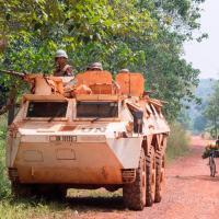 Força da ONU participando da  Missão Multidimensional das Nações Unidas para a Estabilização da República Centro-Africana (MINUSCA). Fot0 - MINUSCA