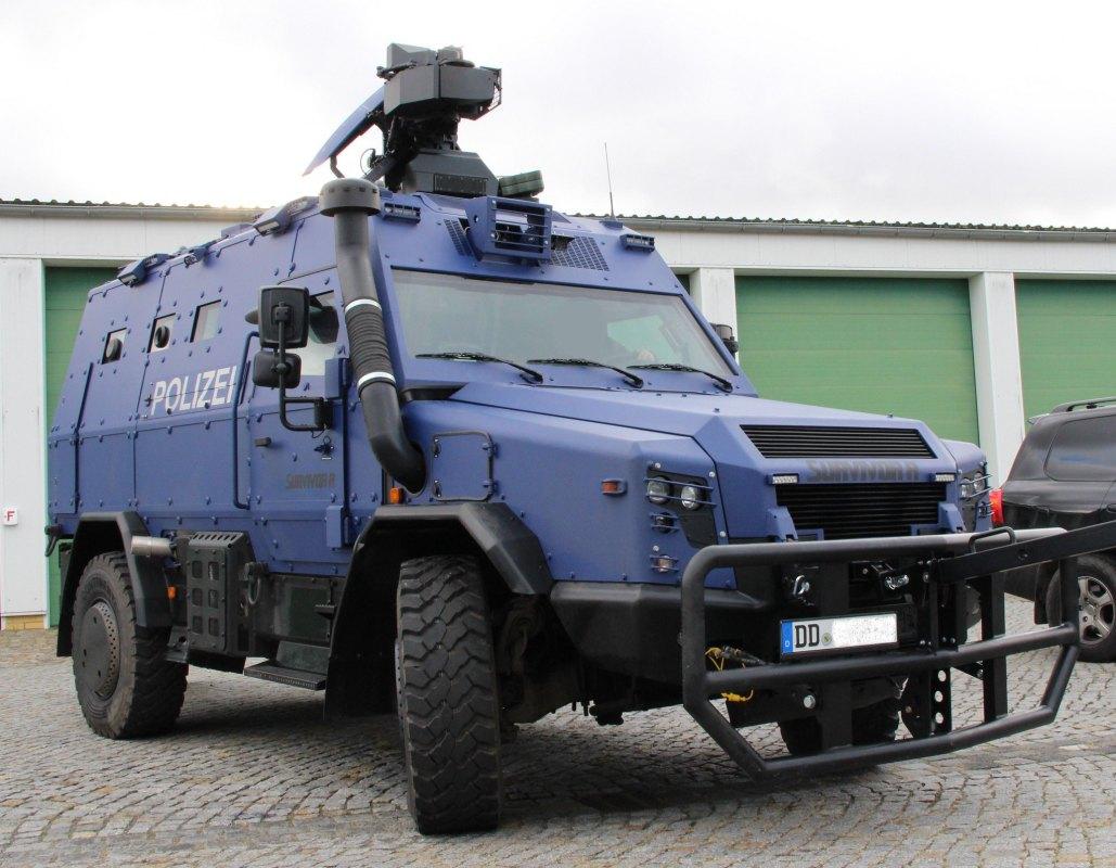 Defesanet Land Survivor R Ready To Roll Rheinmetall