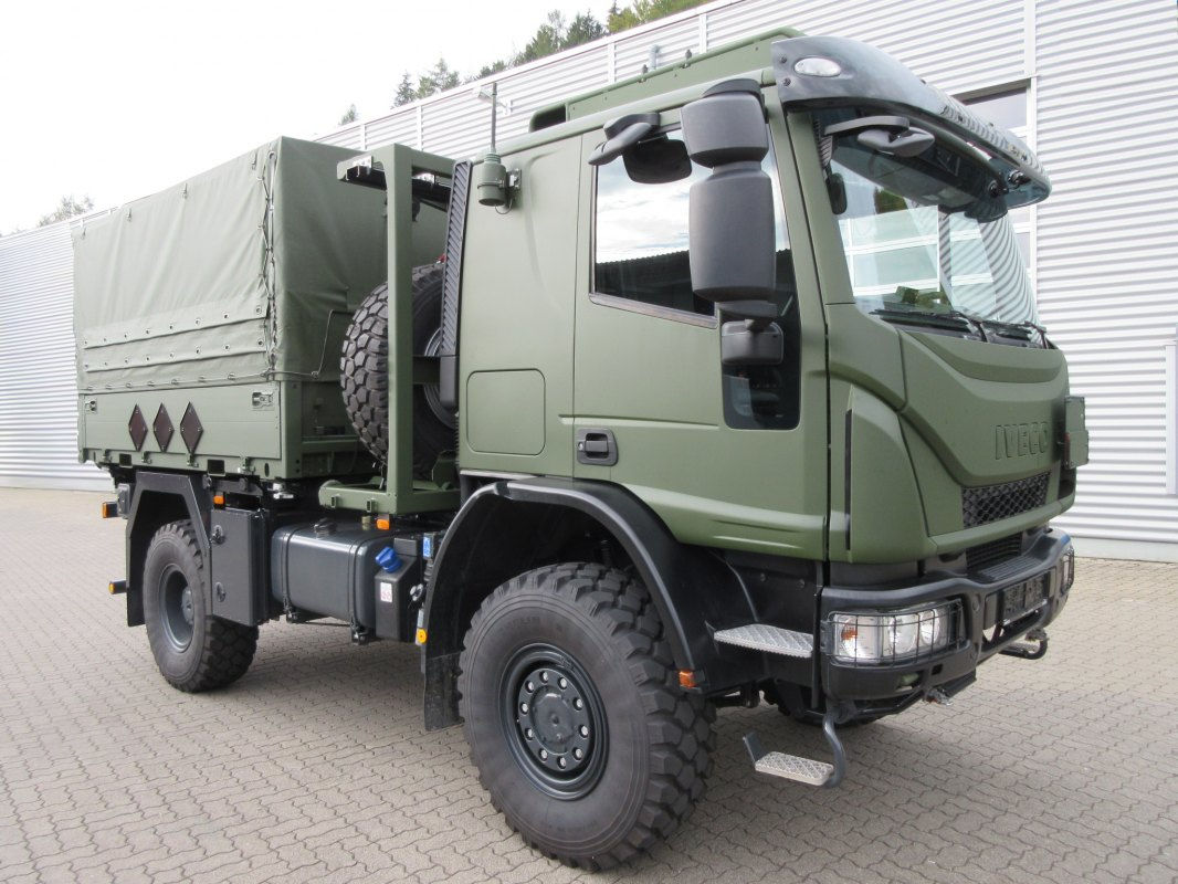 4863ae70226065 Iveco Defence Vehicles supplies the Bundeswehr with new military Medium  Multipurpose Eurocargo 4x4 Euro 6 compliant trucks