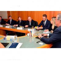 Foto dos participantes da reunião com o Ministério da Defesa e a empresa sueca SAAB.  Foto - Teresa Sobreira