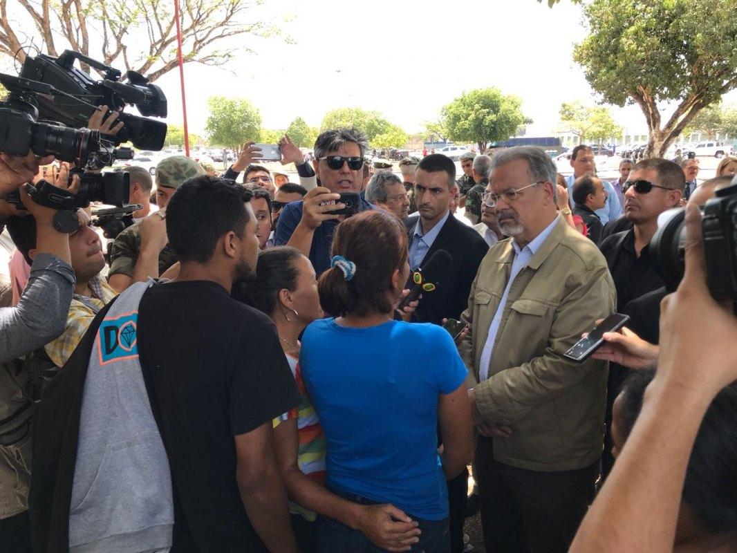 Após visita de ministro a Boa Vista, casa de venezuelanos é incendiada