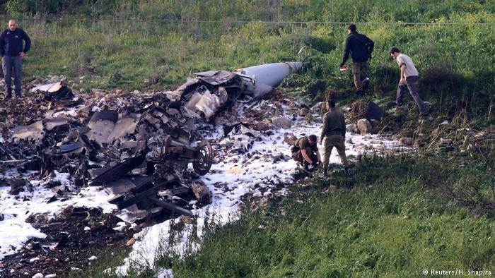 Mídia: em resposta aos ataques, Síria derruba aviões israelenses