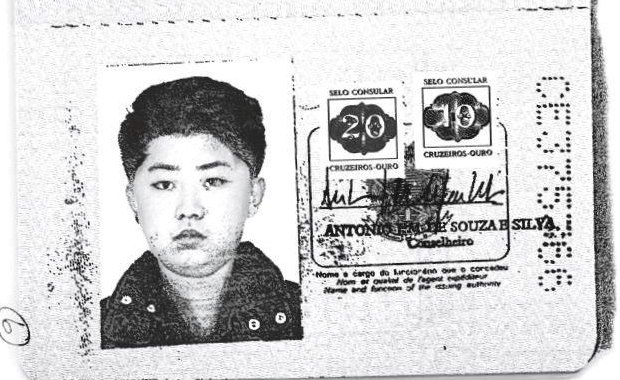 O passaporte falso do