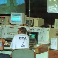 11.dez.1999 - Vista parcial da Sala de Controle do Centro de Lançamento de Alcântara (CLA), na cidade de Alcântara, no Maranhão, no momento dos últimos ajustes para o lançamento do foguete VLS1 V02, que levava a bordo o satélite Saci.