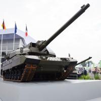 O grupo Franco-Alemão KNDS (Krauss Maffei Wegmann + NEXTER Defense Systems), apresentou na abertura da Eurosatory, o conceito do EMBT (Euro Main Battle Tank).