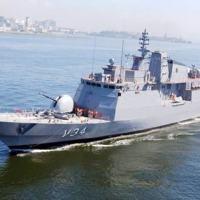 Corveta Barroso da Marinha do Brasil com produtos de guerra eletrônica fornecidos pela Omnisys © Marinha do Brasil