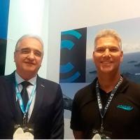Presidente da CONSUB, Antônio Lucas, e o Presidente da DGS Defense, Abílio Di Gerardi, assinam parceria e levam a tecnologia MAxx® para as embarcações de alta perfomance Foto - CONSUB