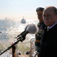 A Rússia desfilou todas as suas frotas para comemora o Dia da Marinha