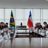 Brasil e Chile reforçam acordo de cooperação político-militar de defesa