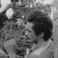 Icônica foto do momento em que o guerrilheiro José Genuino era preso no Araguaia
