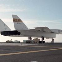 O B-70 era uma aeronave projetada para voar em elevadíssimas altitudes (entre 25 e 30.000 metros) e a uma velocidade superior a mach 3.