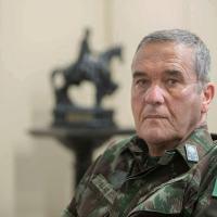 Comandante do Exército parabeniza Bolsonaro pela eleição