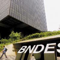 Armando Brasil - BNDES e uma Base de Defesa